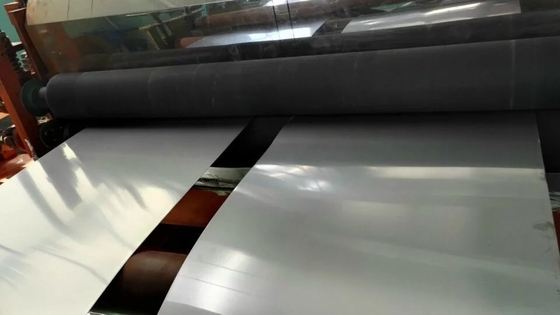 চীন Cold Rolled 304 316L Stainless Steel Sheet / Plate Thickness 0.4-3.0mm for Decoration সরবরাহকারী